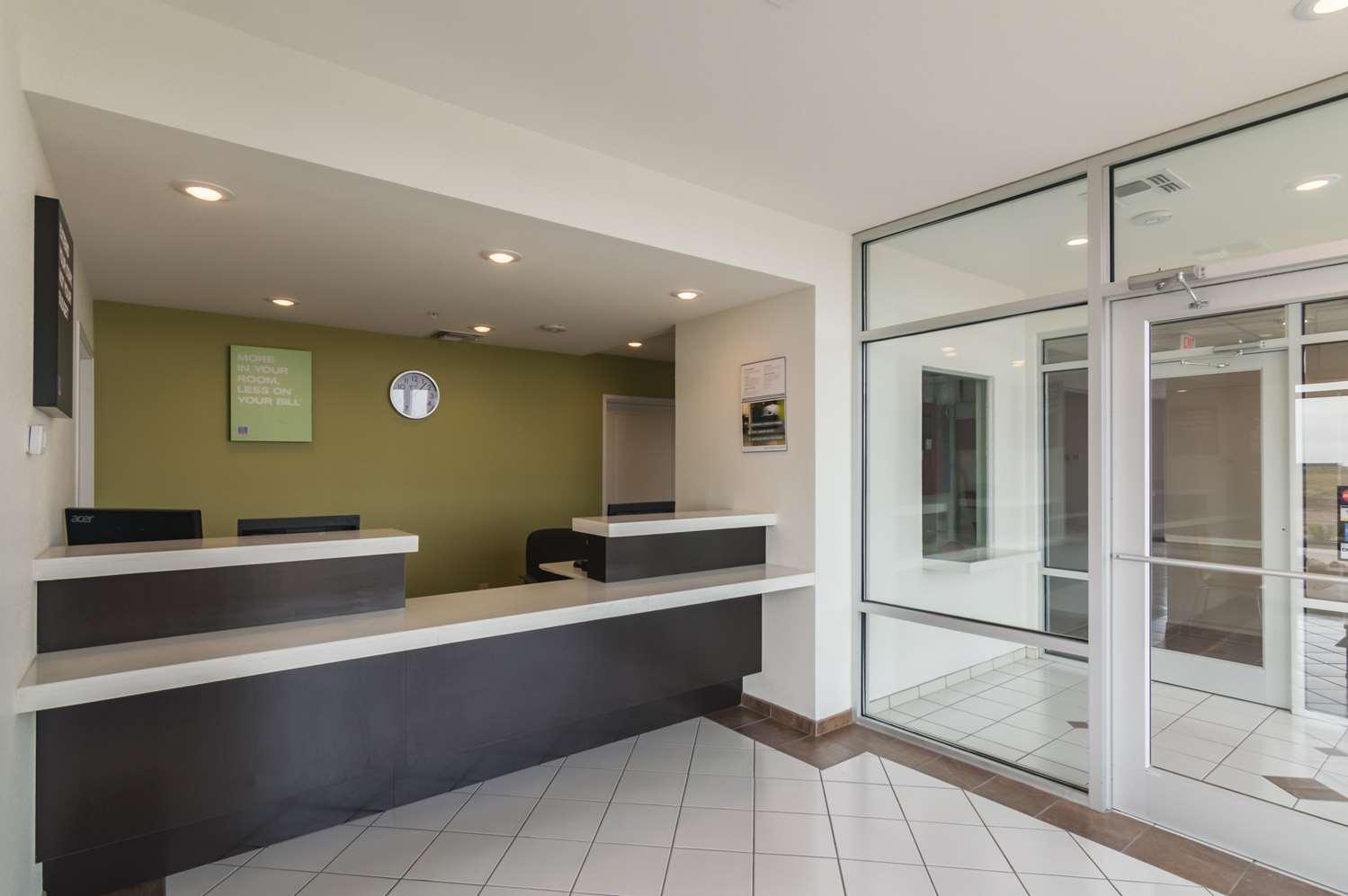 Lobby - Studio 6 Extended Stay Hotel Colorado City