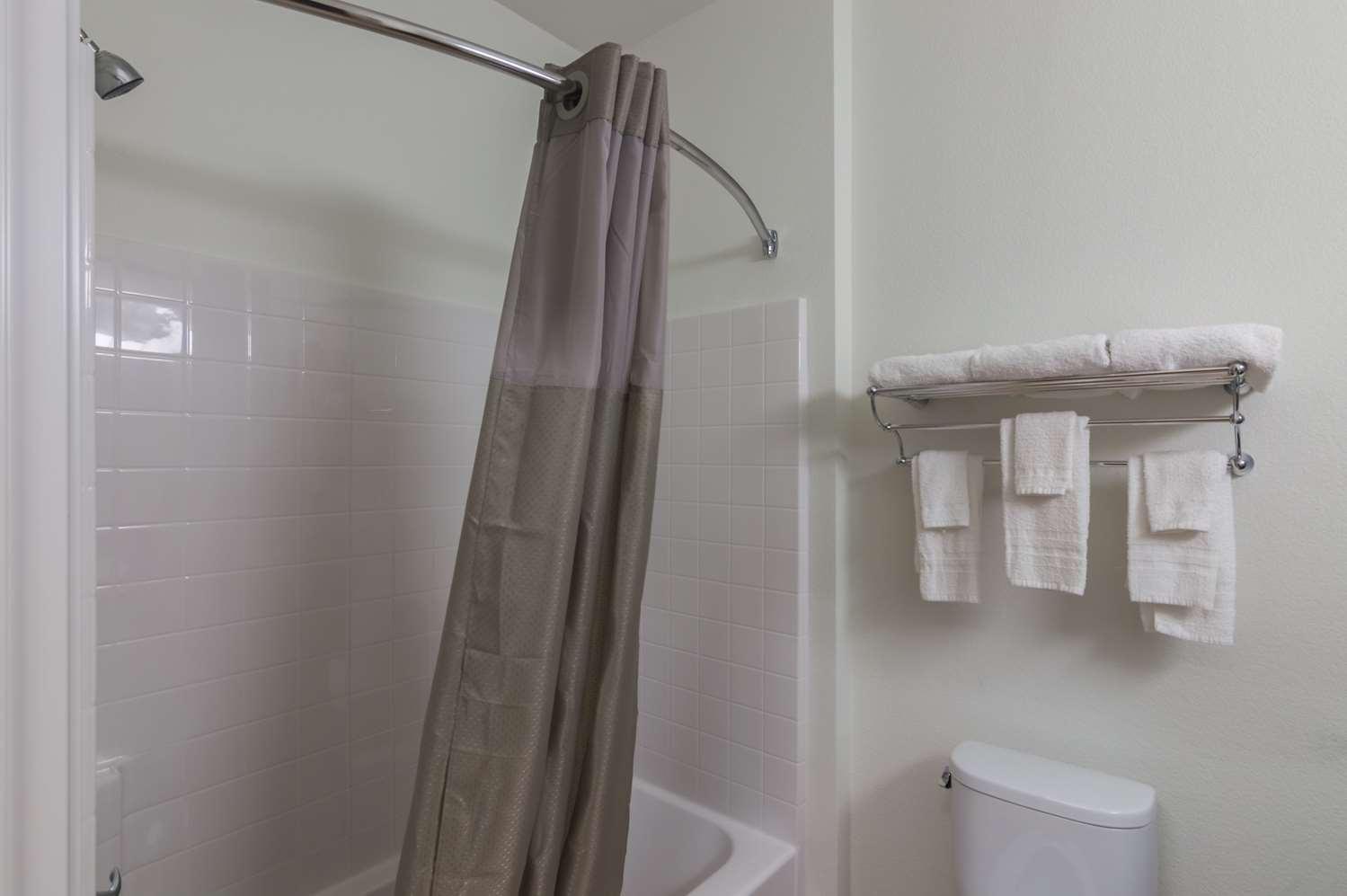Room - Studio 6 Extended Stay Hotel Colorado City