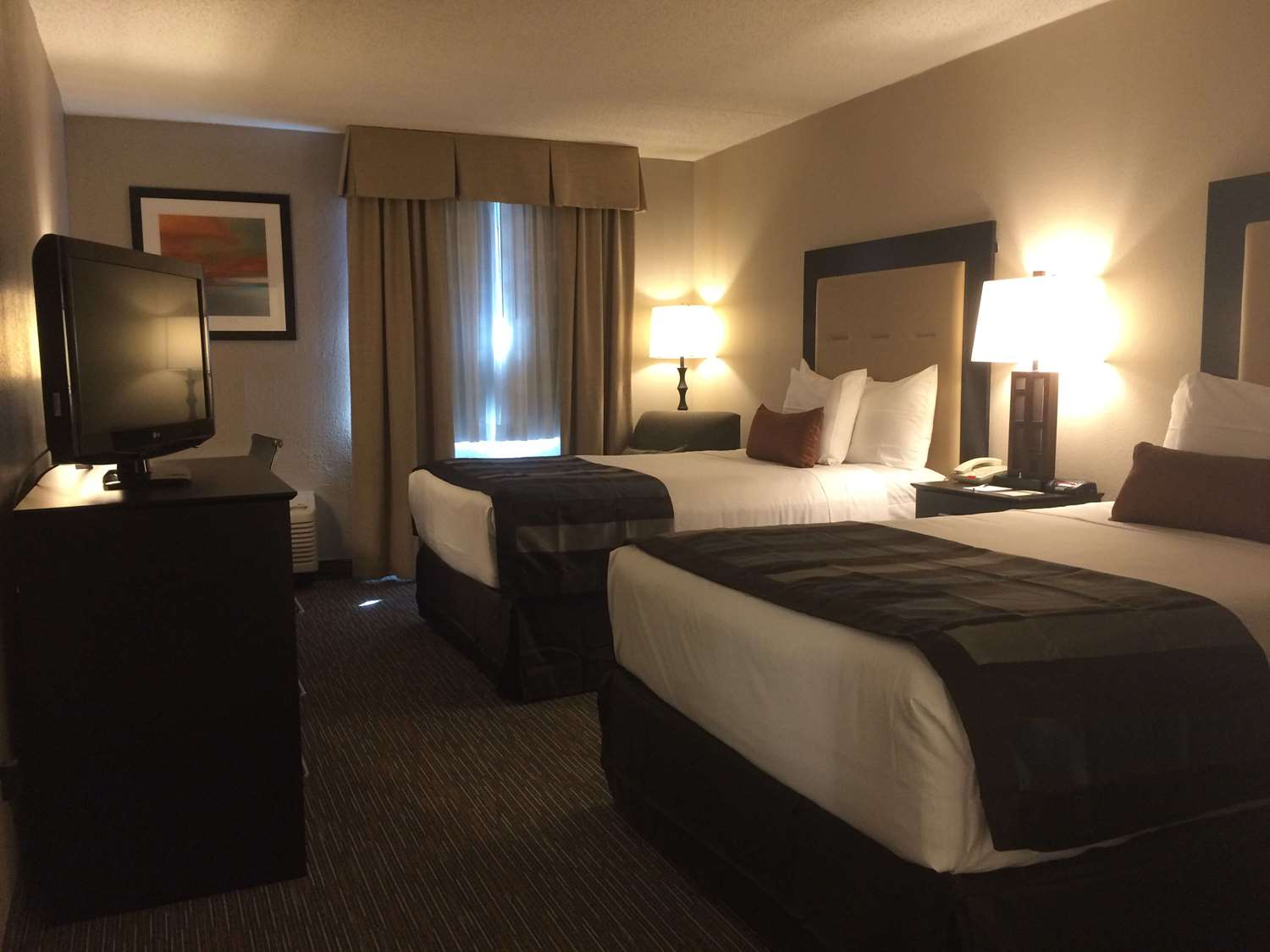 Room - Wingate by Wyndham Hotel Egg Harbor Township