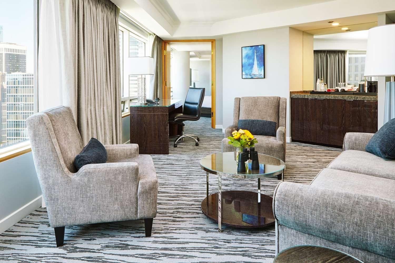 Suite - Pan Pacific Hotel Vancouver