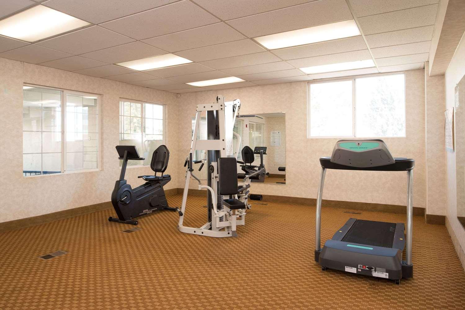 Fitness/ Exercise Room - Ramada Hotel Midtown Spokane