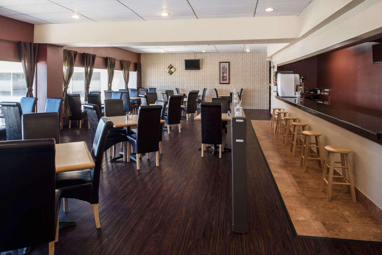 Restaurant - Ramada Hotel Midtown Spokane