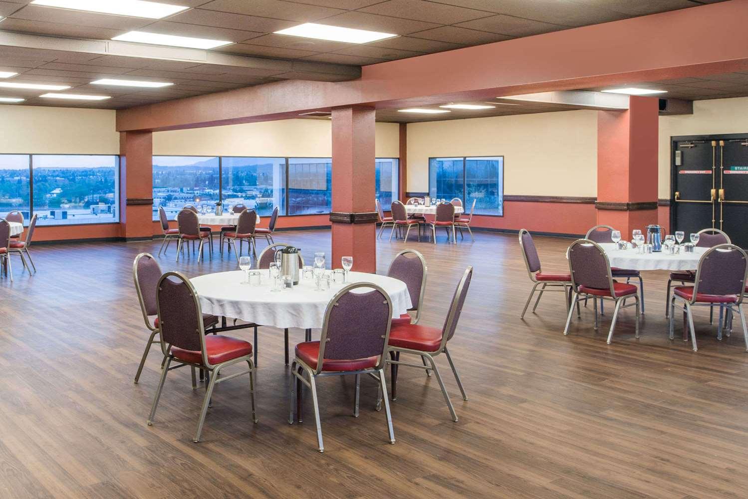 Ballroom - Ramada Hotel Midtown Spokane