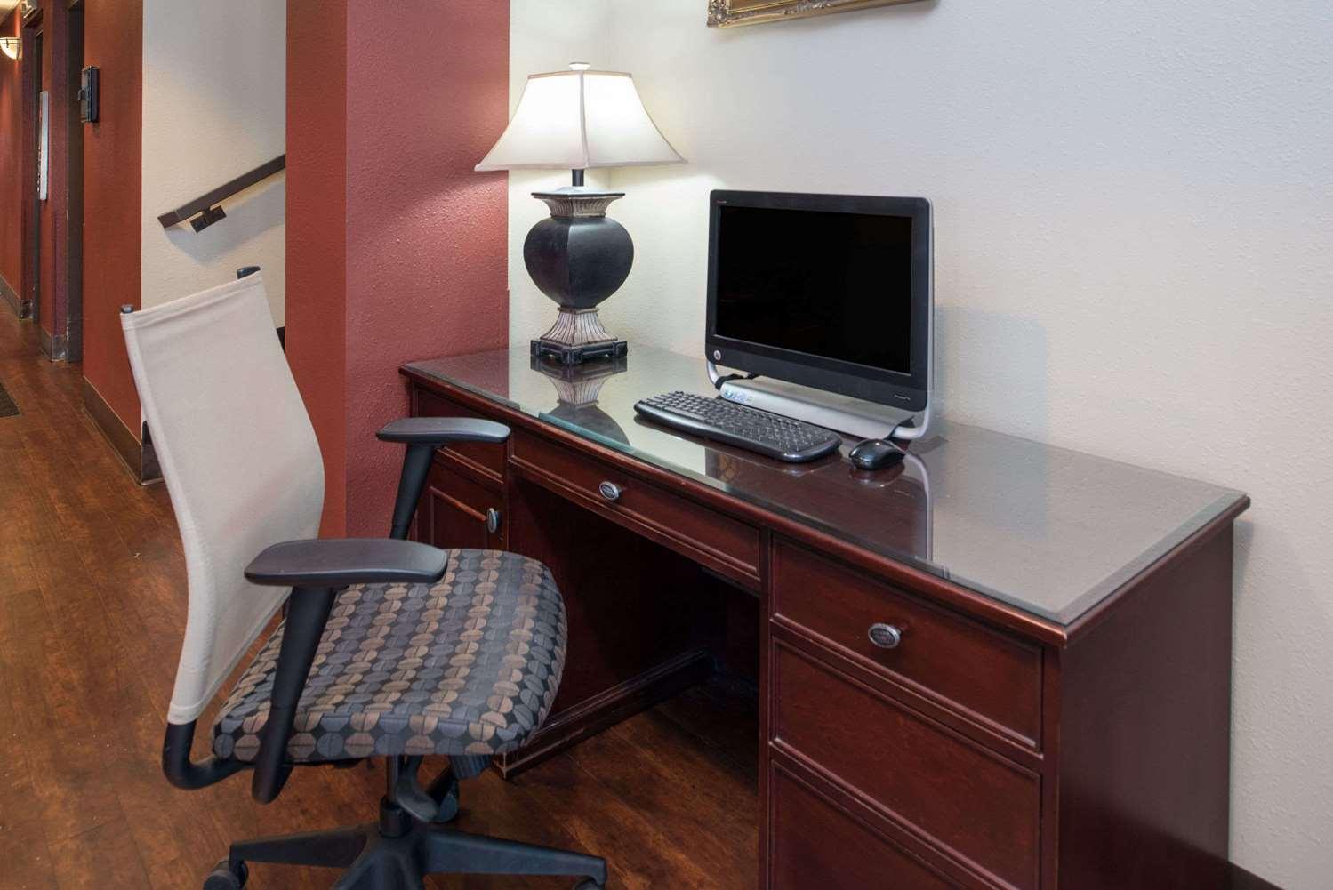 Conference Area - Ramada Hotel Midtown Spokane
