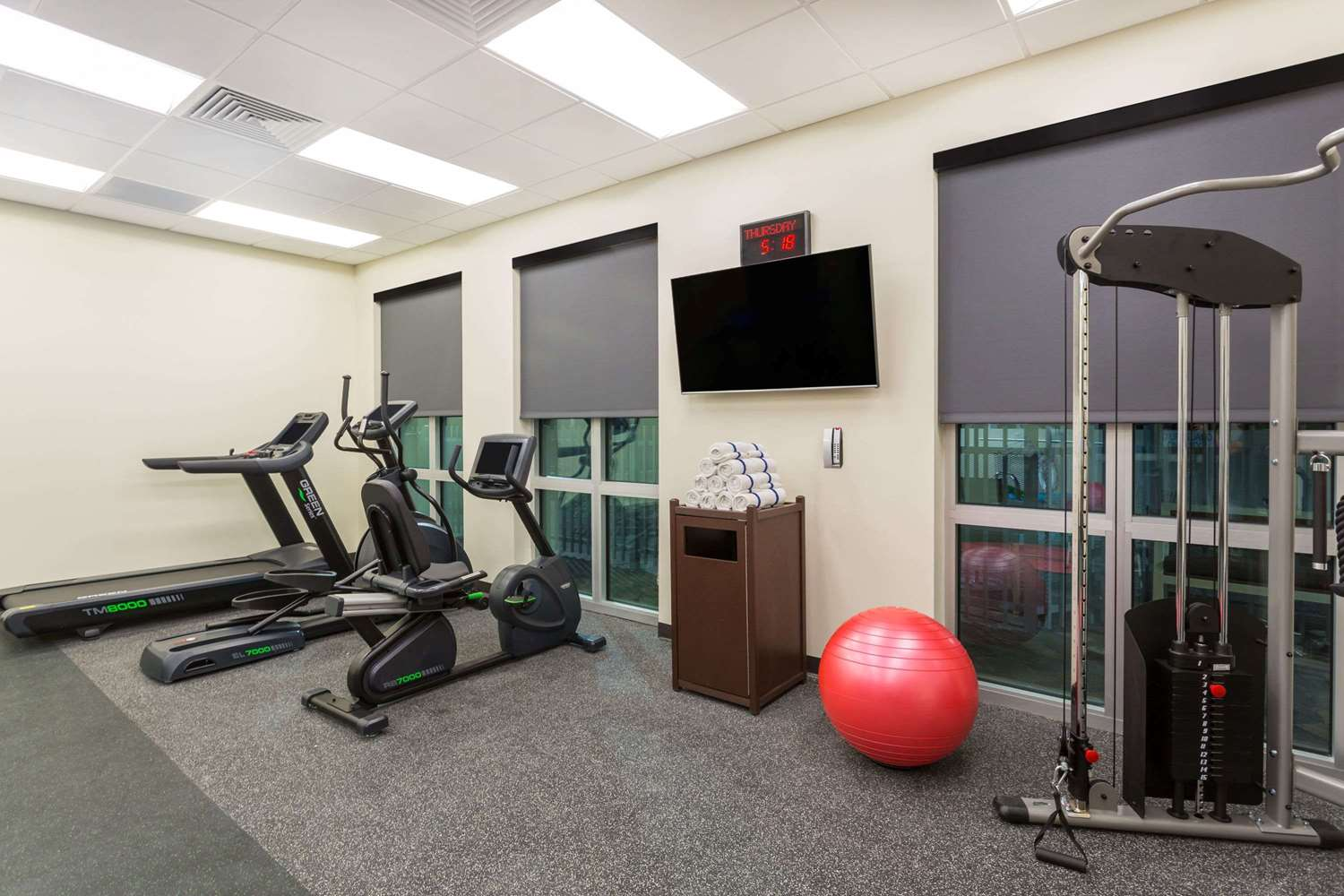 Fitness/ Exercise Room - Wingate by Wyndham Hotel Miami Airport Doral