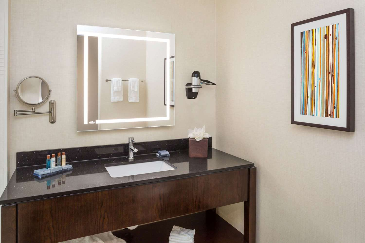 Room - Wingate by Wyndham Hotel Miami Airport Doral