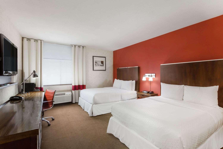 ... Room   Wyndham Garden Hotel Silicon Valley San Jose