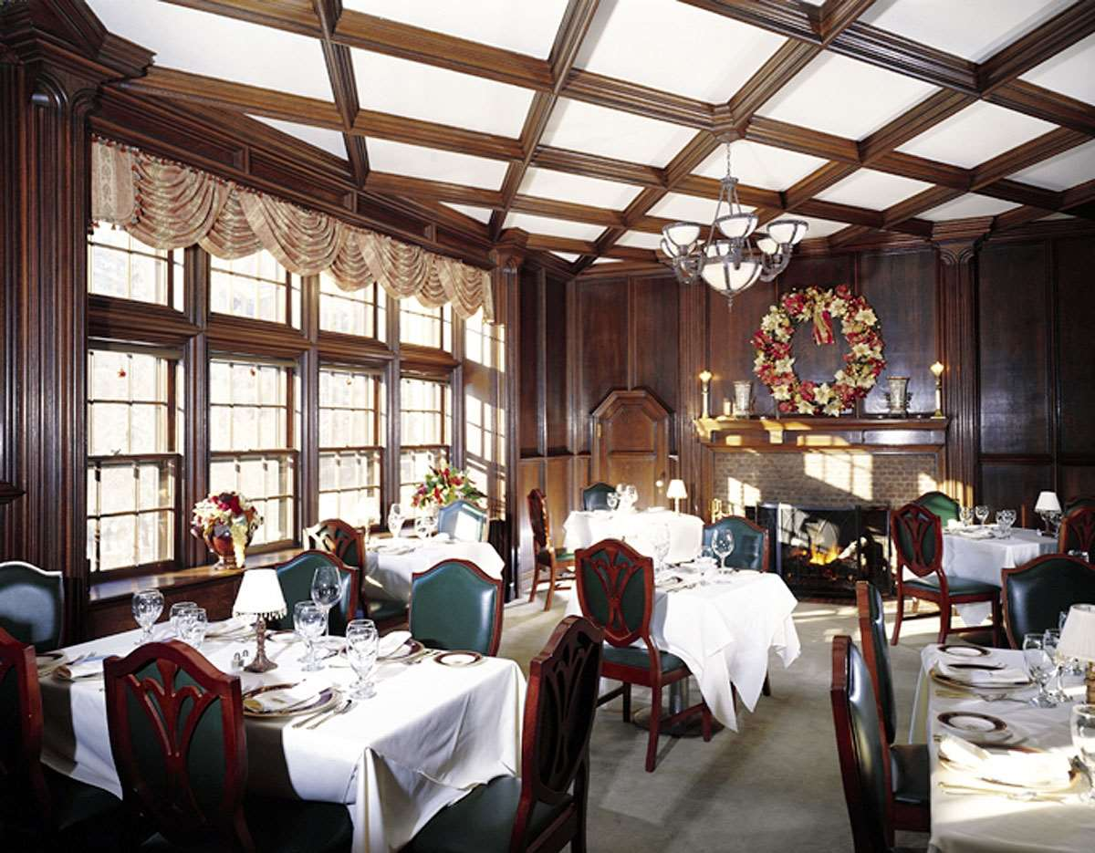 Restaurant - Castle Hill Resort & Spa Proctorsville
