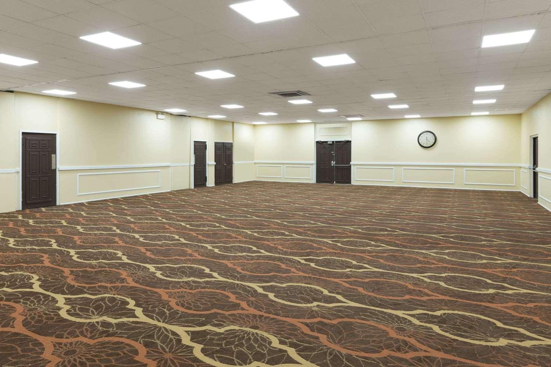 Meeting Facilities - Days Inn Madison