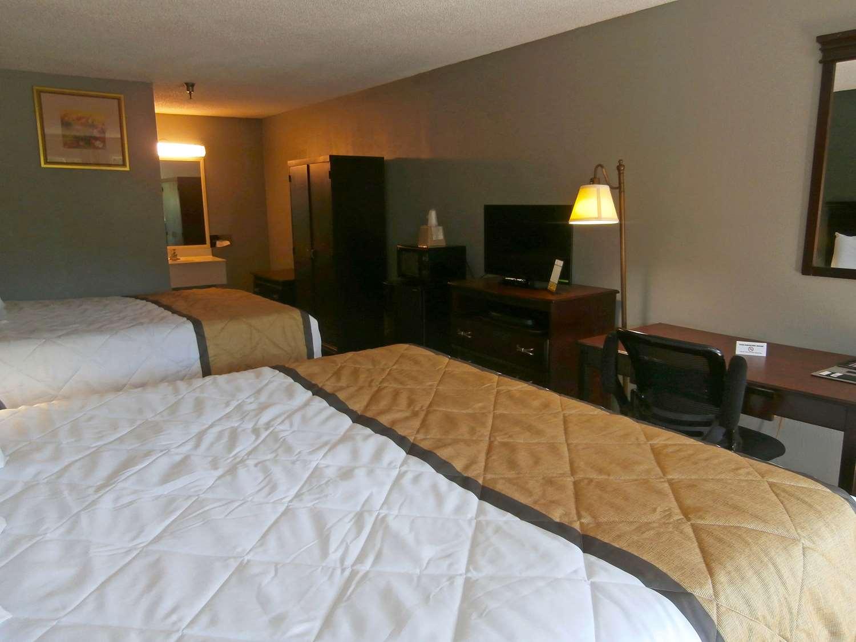 Room - Americas Best Value Inn Athens
