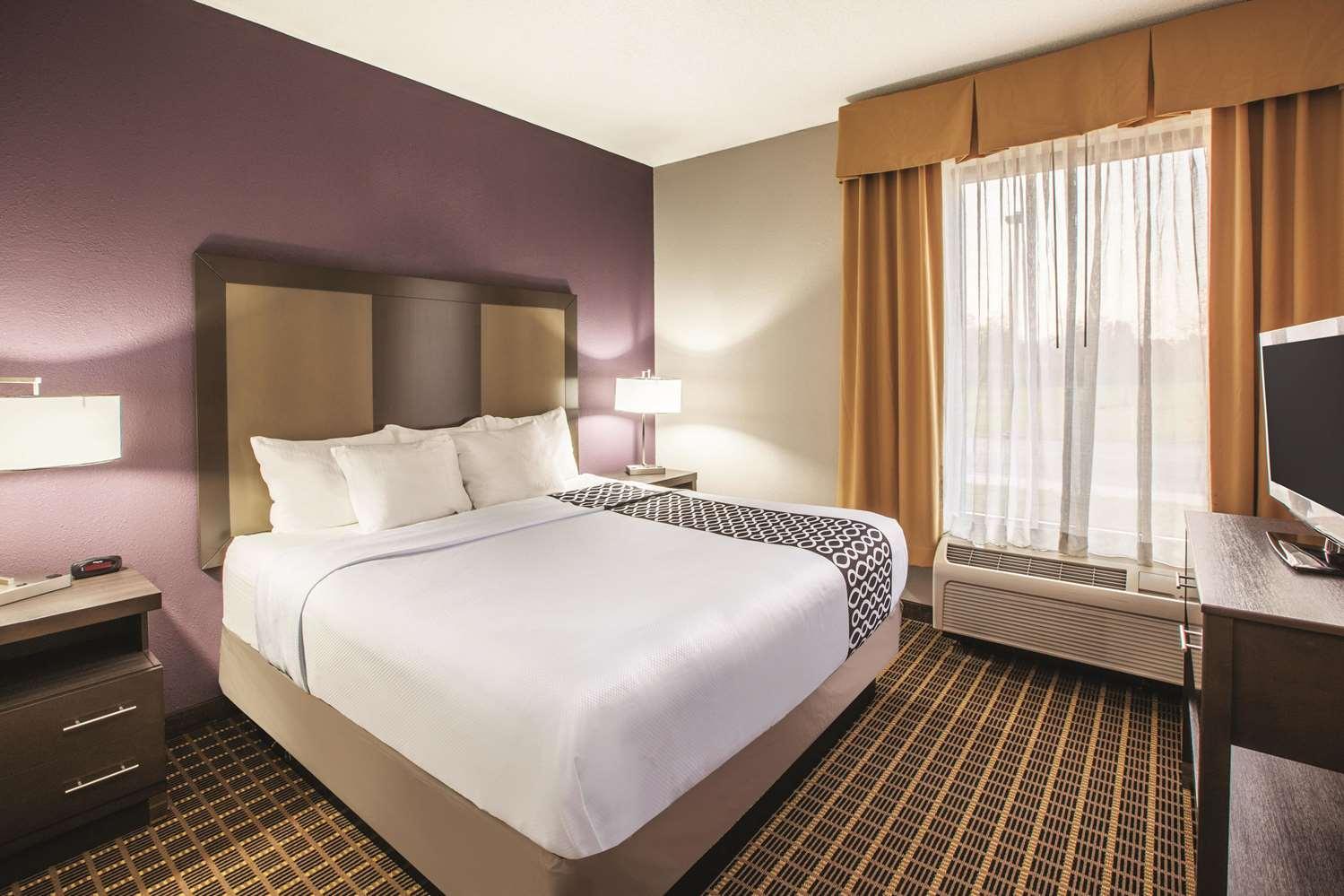 Suite - La Quinta Inn & Suites Mechanicsburg