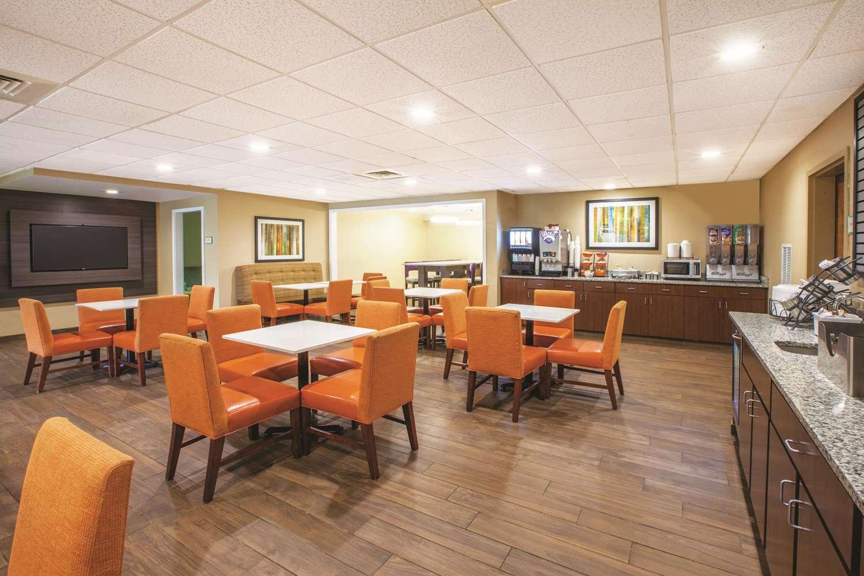 proam - La Quinta Inn & Suites Mechanicsburg