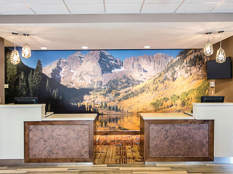 Lobby - La Quinta Inn & Suites South Durango