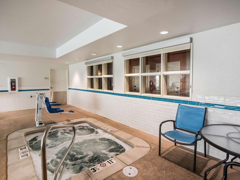 Pool - La Quinta Inn & Suites South Durango