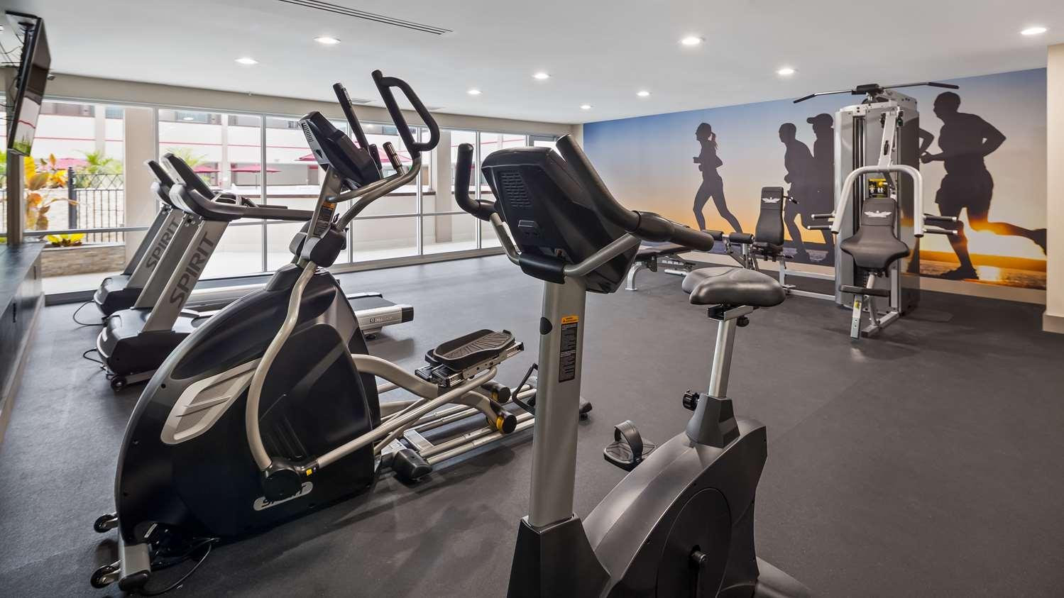 Fitness/ Exercise Room - Best Western Premier Milwaukee Brookfield Hotel & Suites