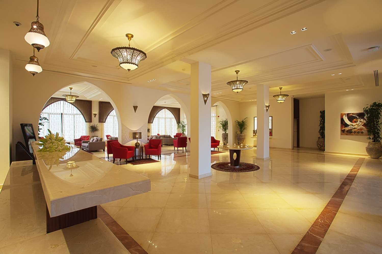 Restaurant - Hotel Royal Tulip Sharma Resort