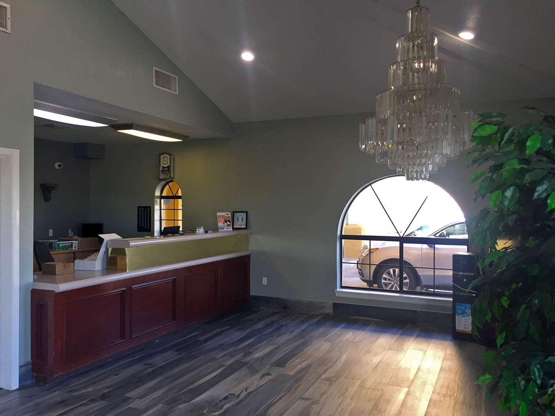 Lobby - Americas Best Value Inn Bishop