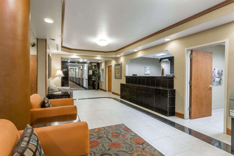 Lobby - Days Inn I-95 Fort Pierce