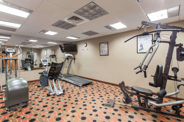 Fitness/ Exercise Room - Days Inn I-95 Fort Pierce