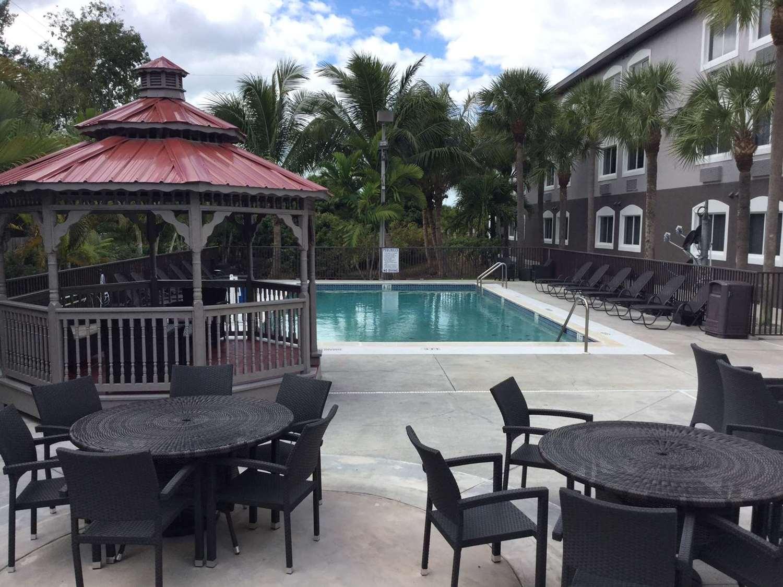 Other - Days Inn & Suites Bonita Springs