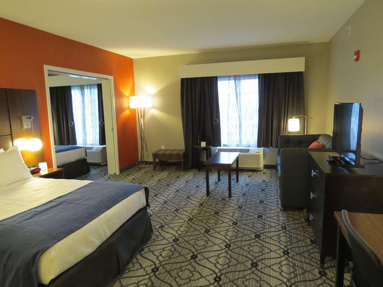 Suite - Best Western Gettysburg Hotel