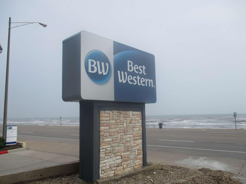 Best Western Galveston West Beach Hotel Tx See Discounts