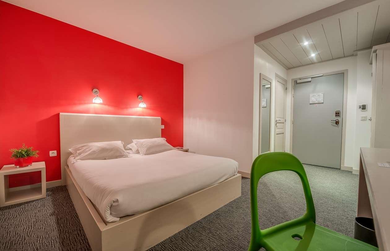 STANDARD ROOM HOTEL STARS
