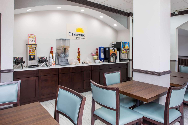 proam - Days Inn Suites Airport Orlando
