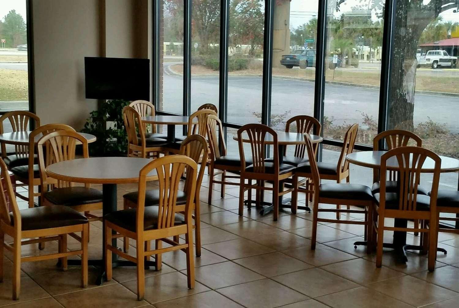 Restaurant - Days Inn St George