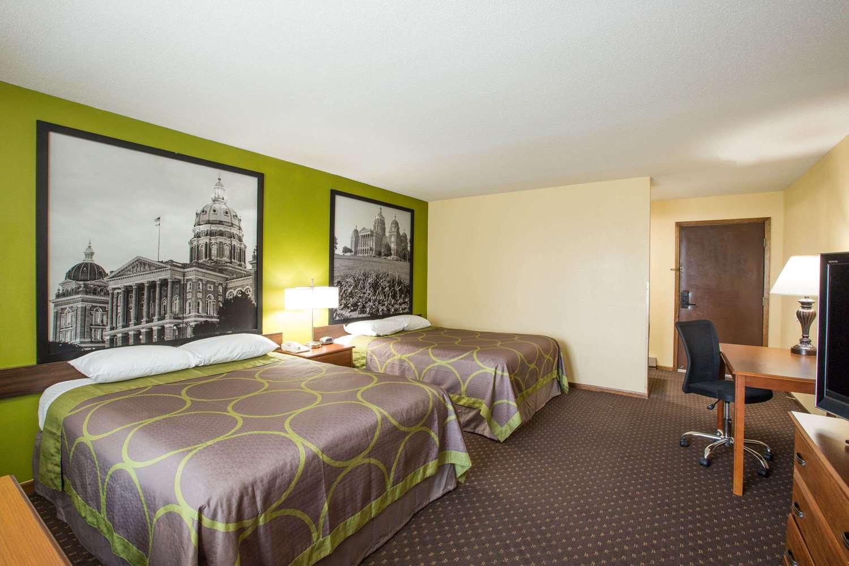 Room - Super 8 Hotel Wiliams