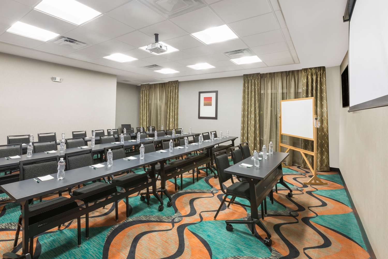 Meeting Facilities - Wingate by Wyndham Hotel Lubbock