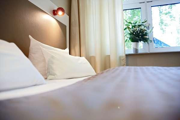 Hotel HOTEL DOMICIL HAMBURG BY GOLDEN TULIP - Standard Room - Triple