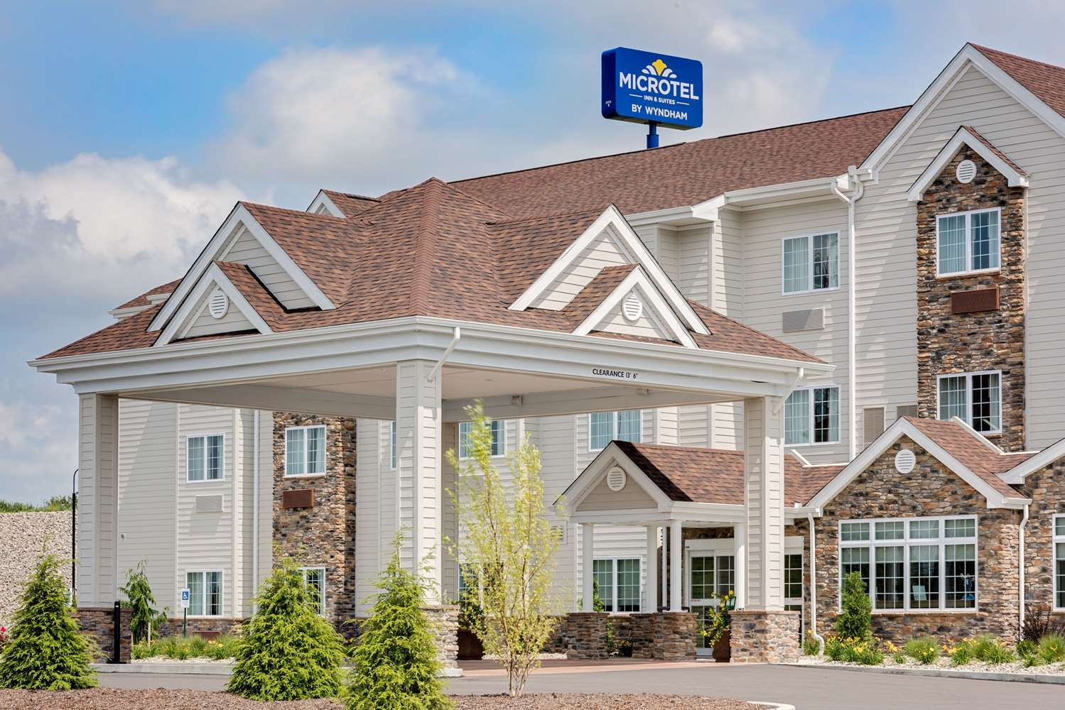 Exterior view - Microtel Inn & Suites by Wyndham Clarion
