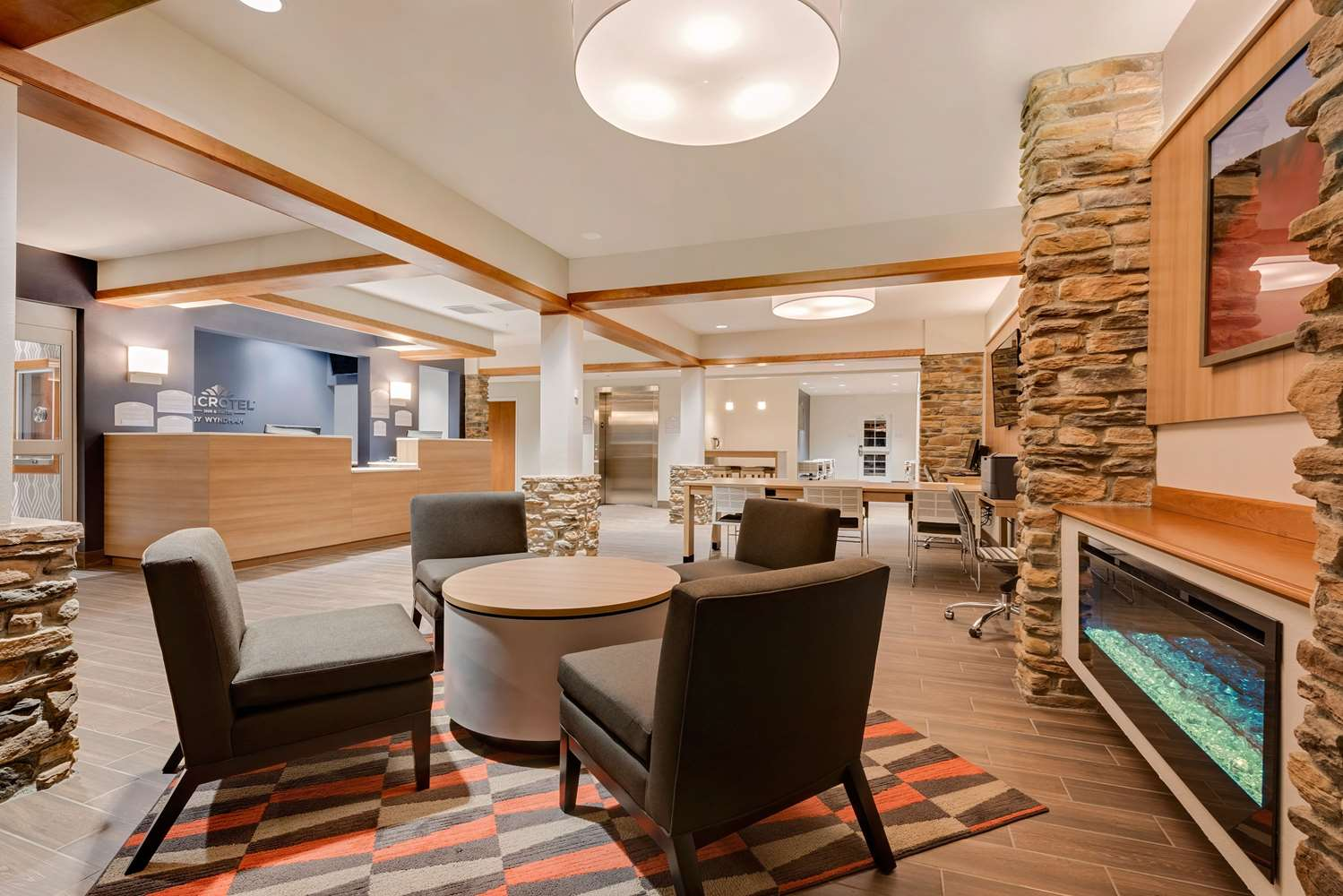 Lobby - Microtel Inn & Suites by Wyndham Clarion