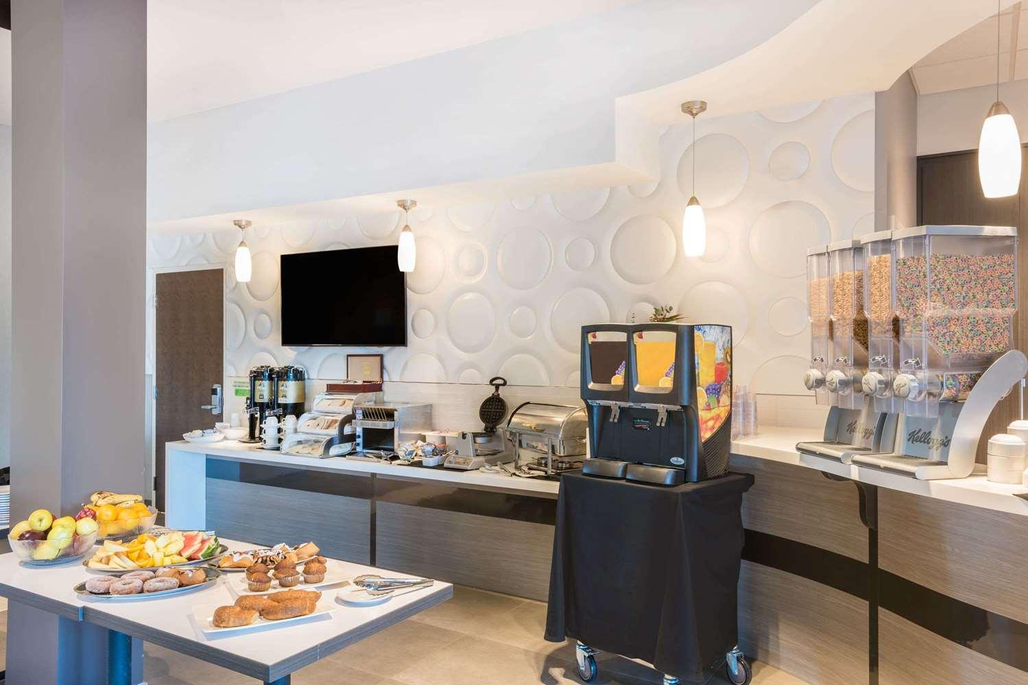 proam - Wingate by Wyndham Hotel Dieppe