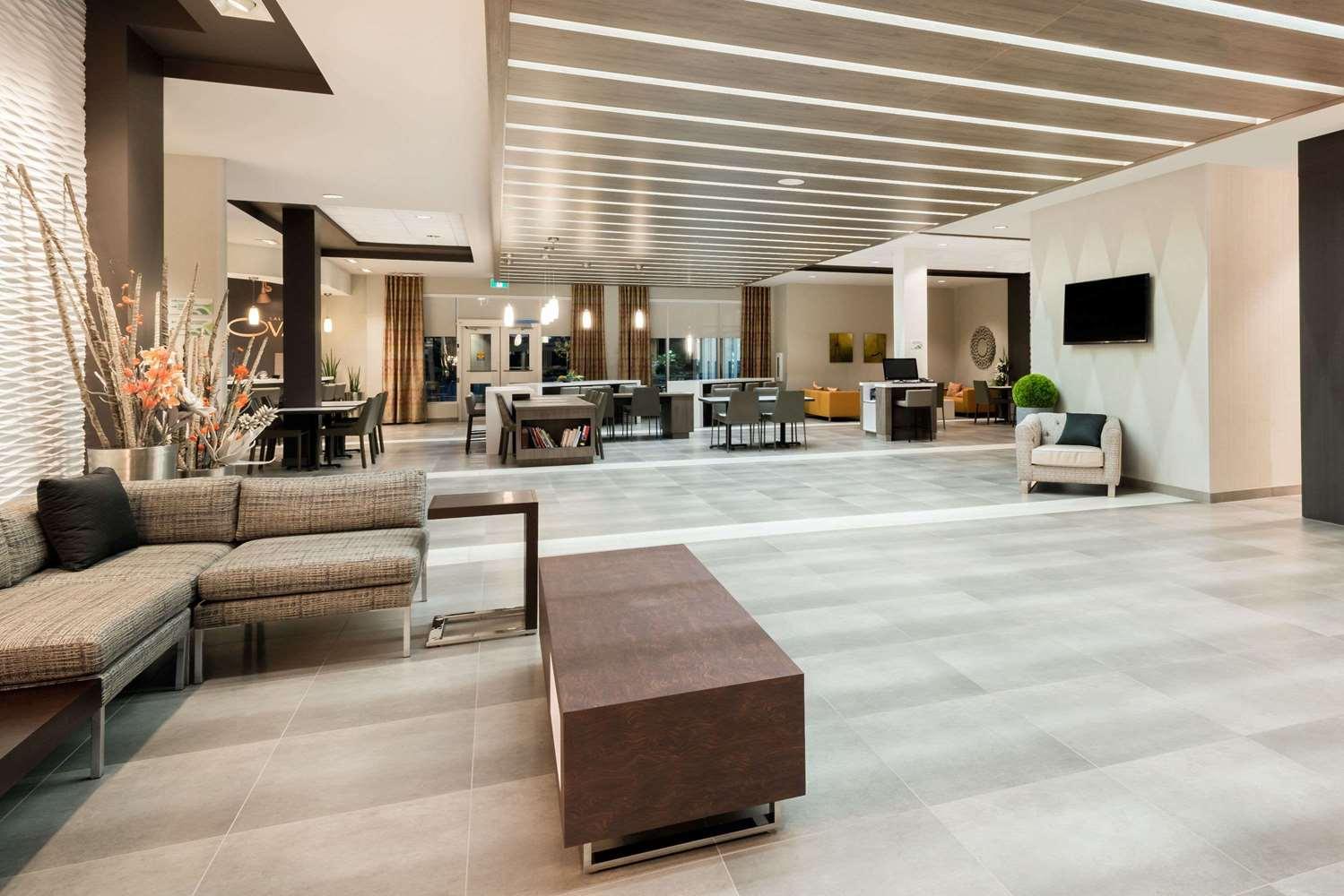 Lobby - Wingate by Wyndham Hotel Dieppe