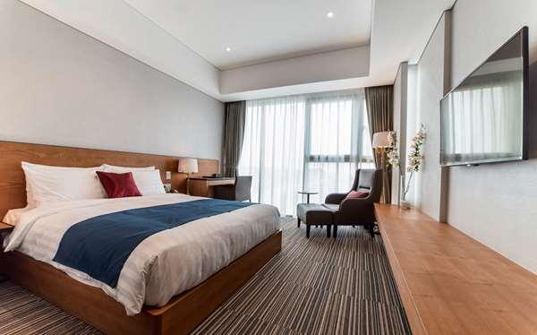 Hotel GOLDEN TULIP INCHEON AIRPORT HOTEL & SUITES - Standard Room