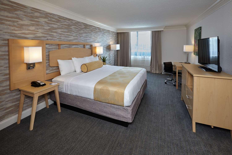 Room - Best Western Plus University Inn Winston Salem