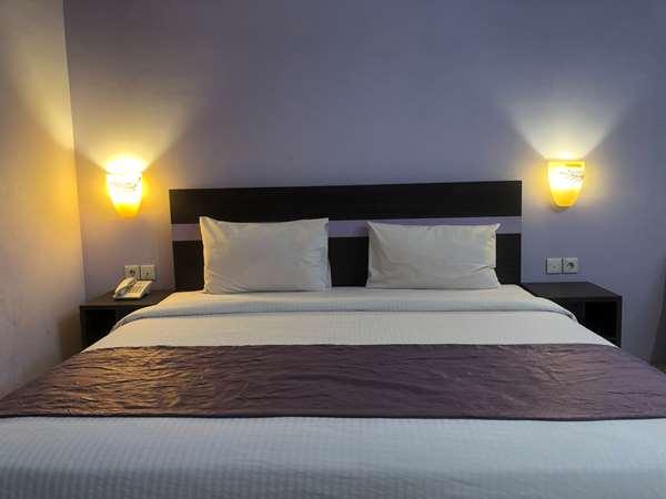 酒店 KYRIAD SADURENGAS PASER