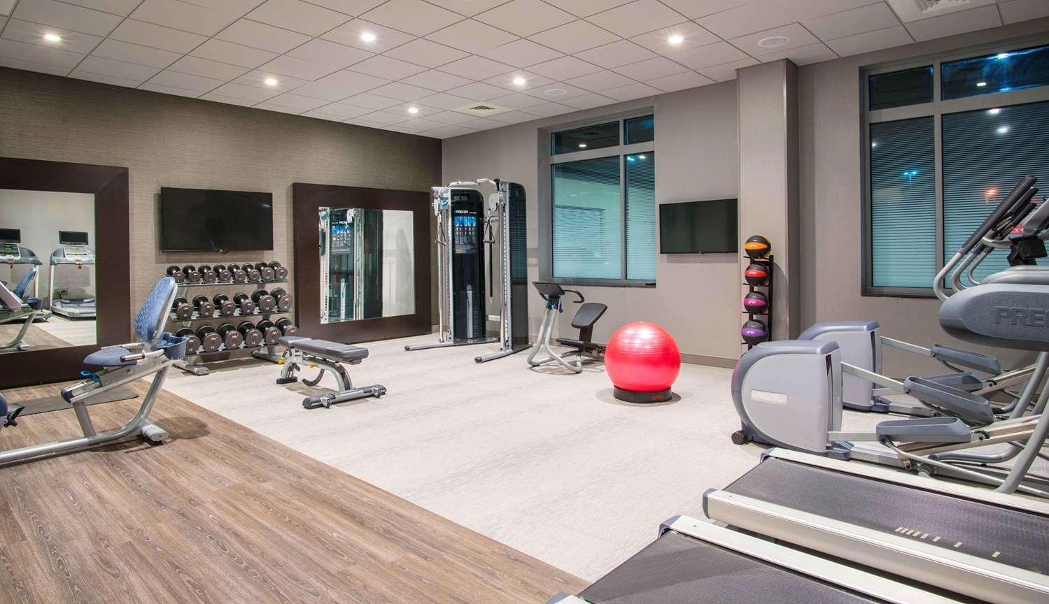 Fitness/ Exercise Room - Hilton Garden Inn Patriot Place Foxborough