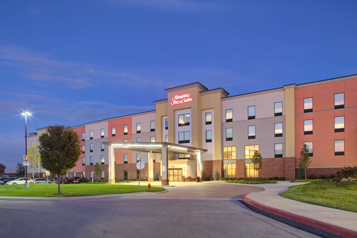 Hampton Inn and Suites by Hilton Columbus Scioto Downs OH