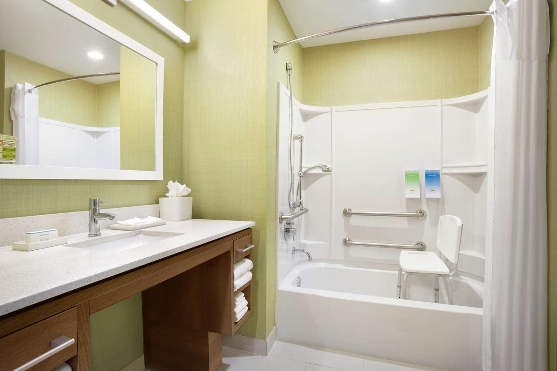 Room - Home2 Suites by Hilton Webster