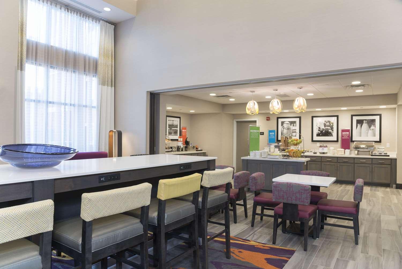 Restaurant - Hampton Inn & Suites West Lafayette
