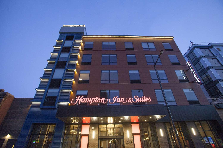 Exterior view - Hampton Inn & Suites Downtown St. Paul