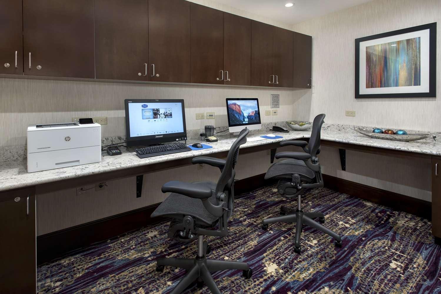 Conference Area - Hampton Inn New Paltz