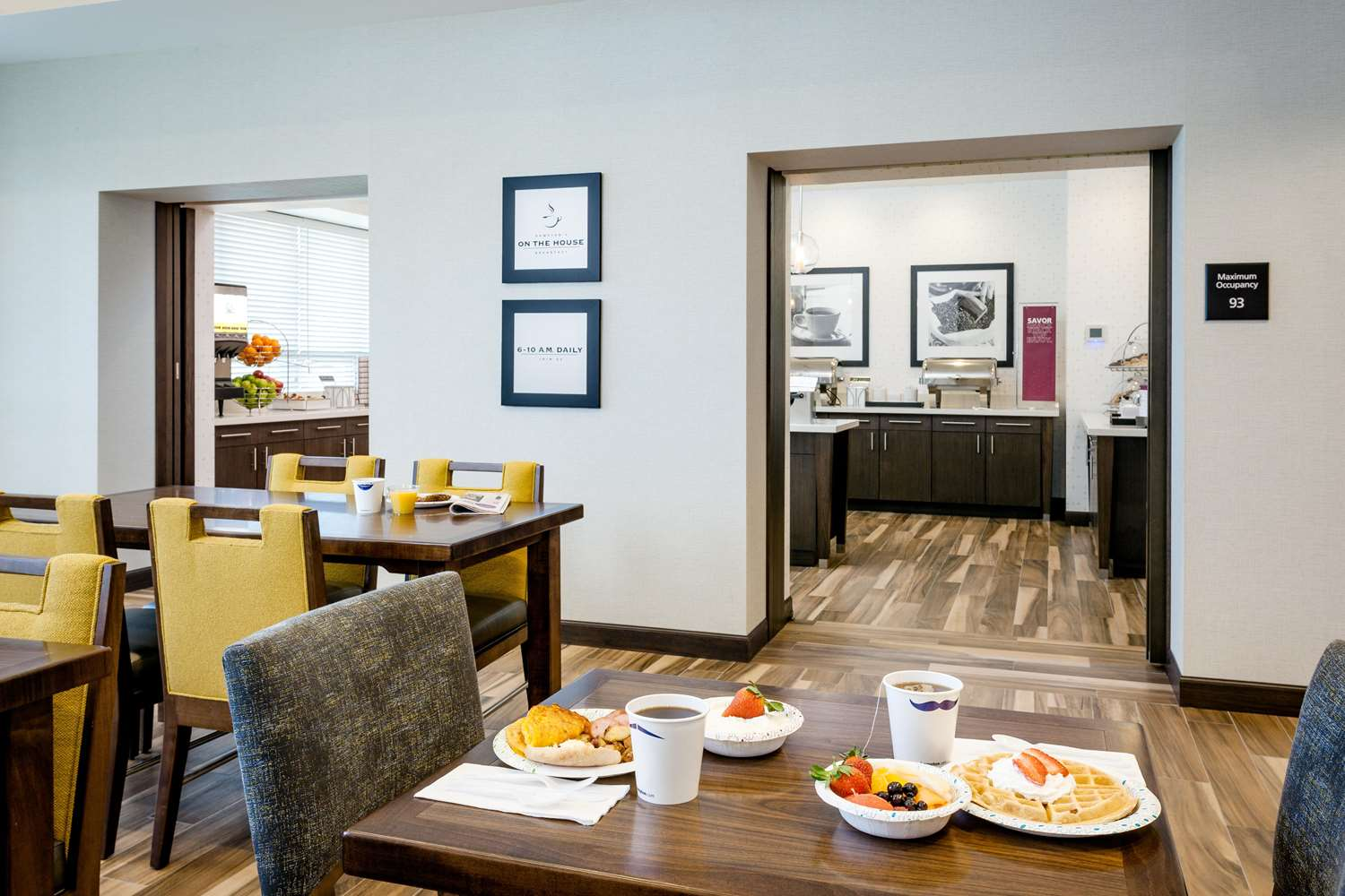 Restaurant - Hampton Inn & Suites Northgate Seattle