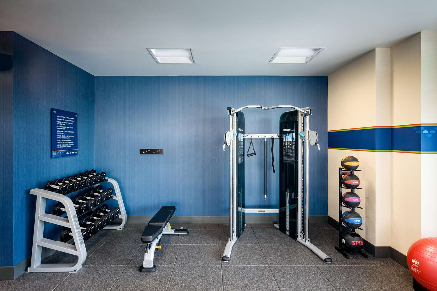 Fitness/ Exercise Room - Hampton Inn & Suites Northgate Seattle