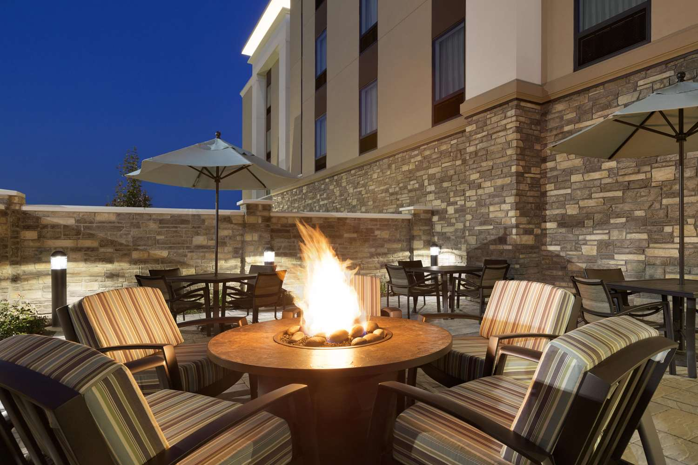 Exterior view - Hampton Inn & Suites Niles