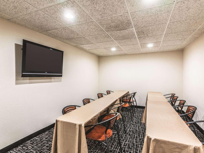 Meeting Facilities - La Quinta Inn & Suites North Colorado Springs