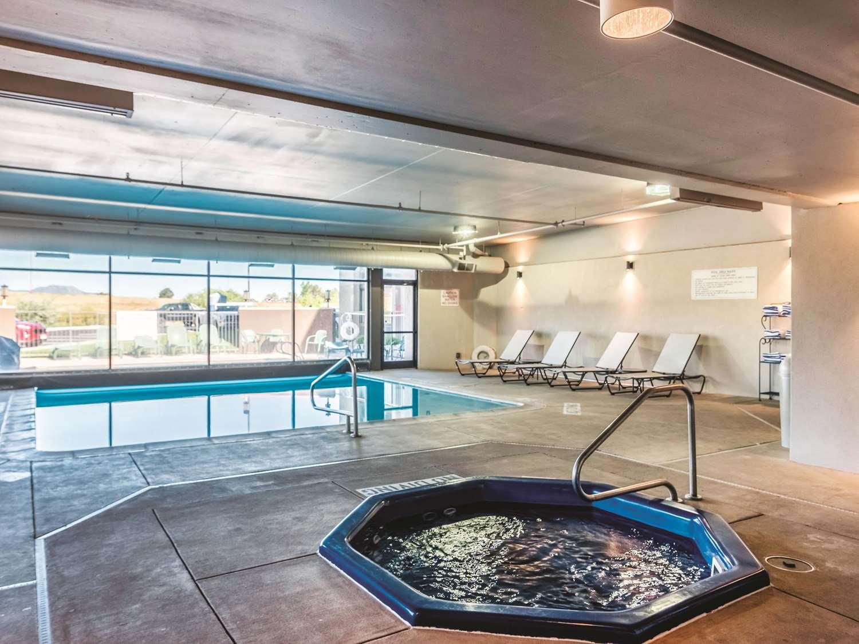 Pool - La Quinta Inn & Suites North Colorado Springs